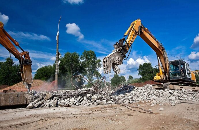 Demolition Removal-Fresno Dumpster Rental & Junk Removal Services-We Offer Residential and Commercial Dumpster Removal Services, Portable Toilet Services, Dumpster Rentals, Bulk Trash, Demolition Removal, Junk Hauling, Rubbish Removal, Waste Containers, Debris Removal, 20 & 30 Yard Container Rentals, and much more!
