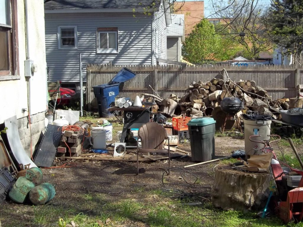 Residential Junk Removal-Fresno Dumpster Rental & Junk Removal Services-We Offer Residential and Commercial Dumpster Removal Services, Portable Toilet Services, Dumpster Rentals, Bulk Trash, Demolition Removal, Junk Hauling, Rubbish Removal, Waste Containers, Debris Removal, 20 & 30 Yard Container Rentals, and much more!