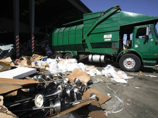 Trash Hauling-Fresno Dumpster Rental & Junk Removal Services-We Offer Residential and Commercial Dumpster Removal Services, Portable Toilet Services, Dumpster Rentals, Bulk Trash, Demolition Removal, Junk Hauling, Rubbish Removal, Waste Containers, Debris Removal, 20 & 30 Yard Container Rentals, and much more!