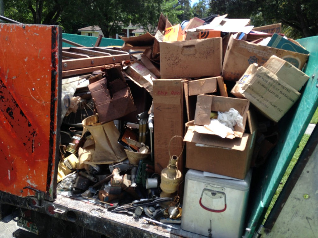 Trash Removal-Fresno Dumpster Rental & Junk Removal Services-We Offer Residential and Commercial Dumpster Removal Services, Portable Toilet Services, Dumpster Rentals, Bulk Trash, Demolition Removal, Junk Hauling, Rubbish Removal, Waste Containers, Debris Removal, 20 & 30 Yard Container Rentals, and much more!