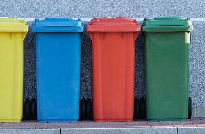 Waste Containers-Fresno Dumpster Rental & Junk Removal Services-We Offer Residential and Commercial Dumpster Removal Services, Portable Toilet Services, Dumpster Rentals, Bulk Trash, Demolition Removal, Junk Hauling, Rubbish Removal, Waste Containers, Debris Removal, 20 & 30 Yard Container Rentals, and much more!