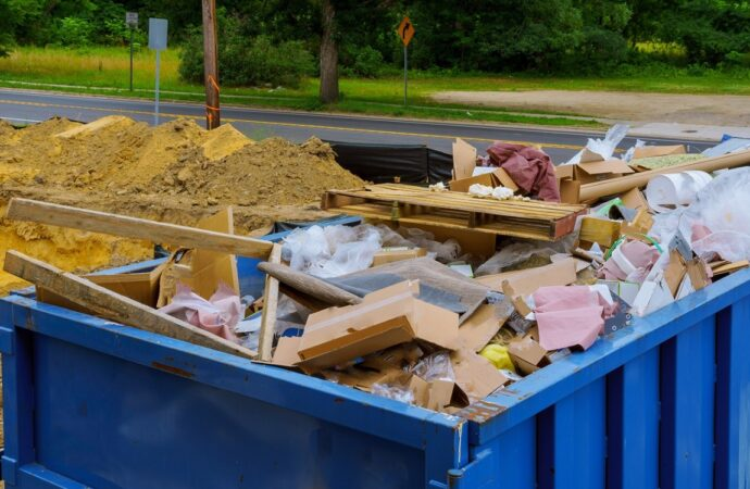 Kerman-Fresno-Dumpster-Rental-Junk-Removal-Services--We Offer Residential and Commercial Dumpster Removal Services, Portable Toilet Services, Dumpster Rentals, Bulk Trash, Demolition Removal, Junk Hauling, Rubbish Removal, Waste Containers, Debris Removal, 20 & 30 Yard Container Rentals, and much more!